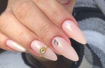 Unhas Almond - Formato de Unhas Amendoadas - Simone Silva Nails